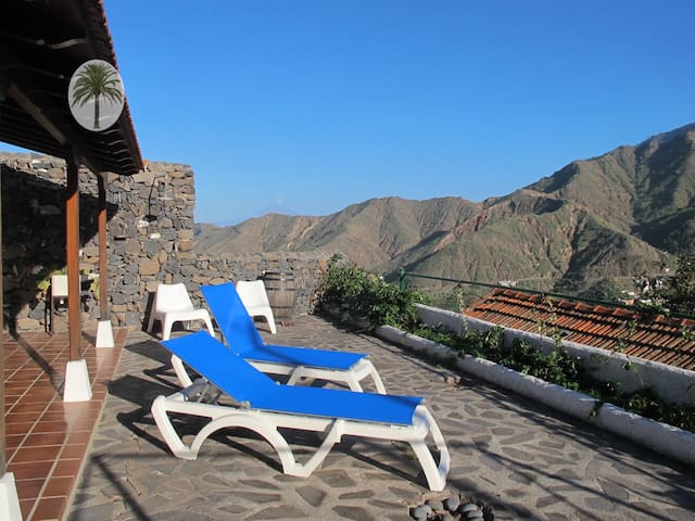 Casa Rural con encanto y magníficas vistas. - Callejón de Ordaiz - Hus