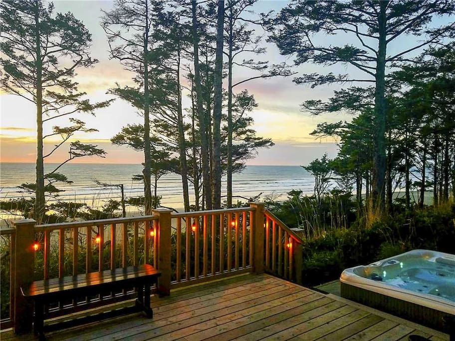 Private 6-person hot tub with ocean view