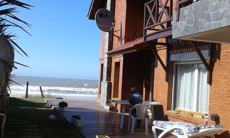 Duplex 3 amb sobre la playa Mar de Ostende (2)