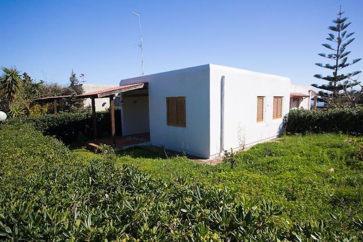 VILLA 515  VILLAGGIO PARADISO - Porto Badisco - Villa