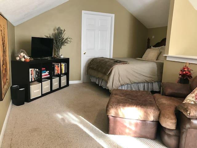 Cozy Guest bedroom in Aiken - Aiken - Casa