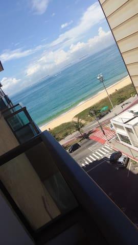Flat com vista pro mar. - Vila Velha - Apartment