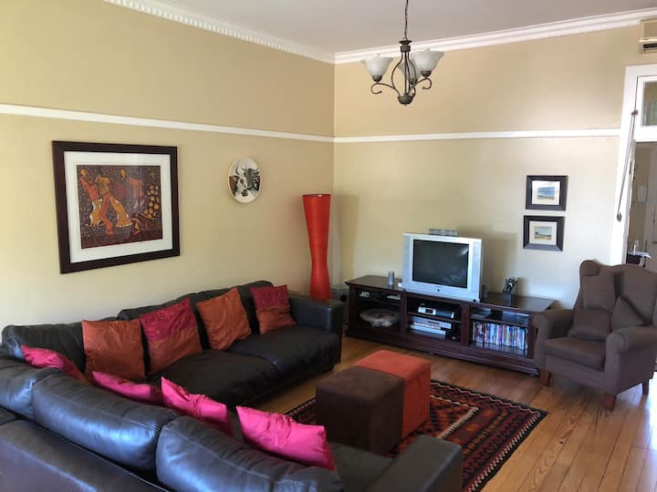 Perfectly situated flat for all Durban activities.