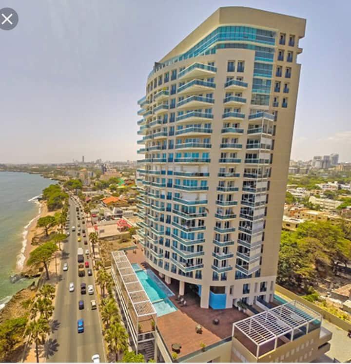 Santo Domingo, entire apt, ocean view, Malecon.