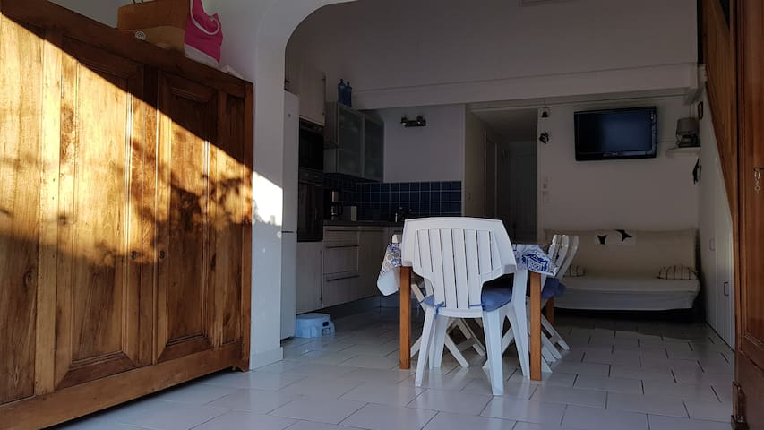 Gruissan - Location maison climatisée proche plage