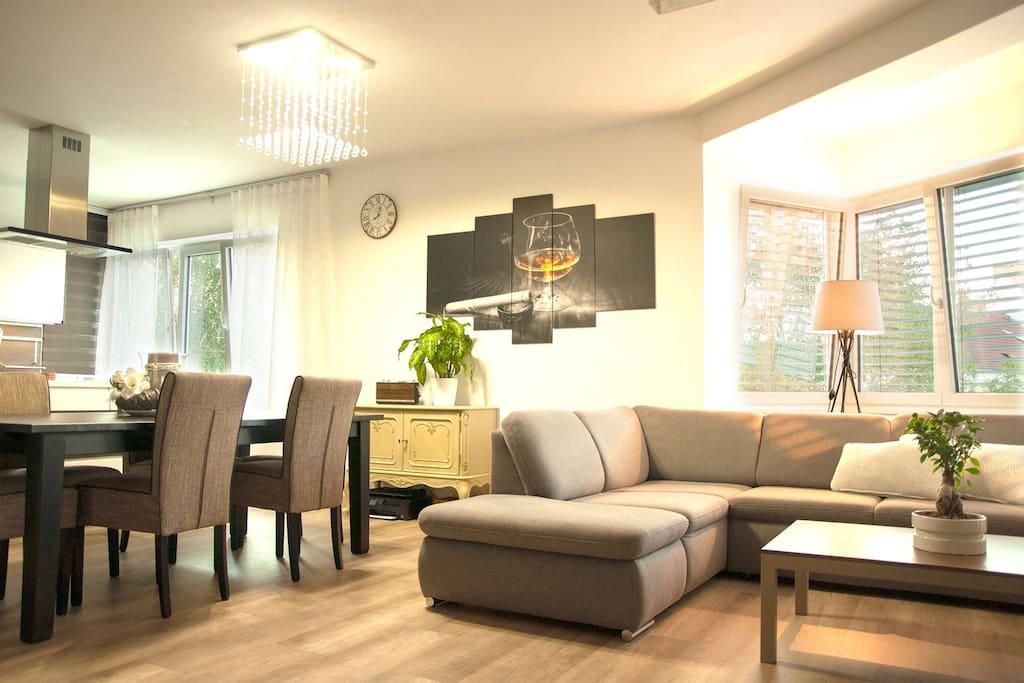 Wohnzimmer - offene Küche