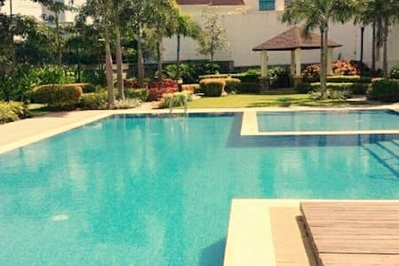 Furnished Condo in Filinvest City, Alabang