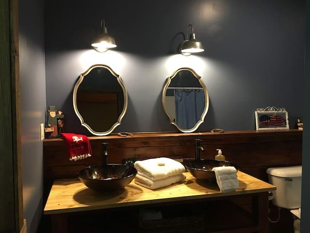 Downstairs bedroom/bathroom