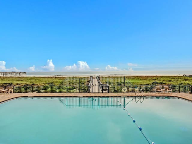 Oceanfront Condo on the top floor. - Fernandina Beach - Ortak mülk