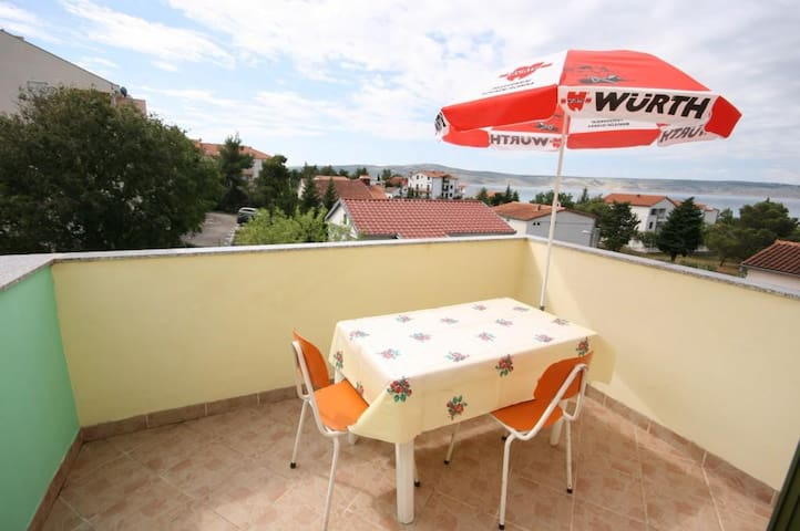 Studio flat with terrace and sea view Starigrad, Paklenica (AS-6579-a)