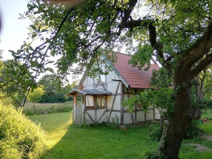 """Idyllische """"Kapelle"""" in norddeutschem Bullerbü"""
