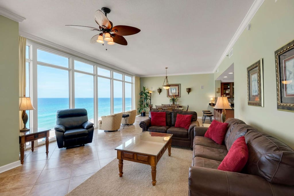 Living Room with balcony access!