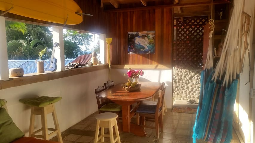 Private room Surf House. R4