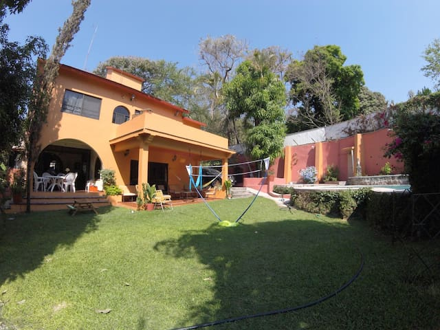 Bungalow Independiente en Hermosa Casa