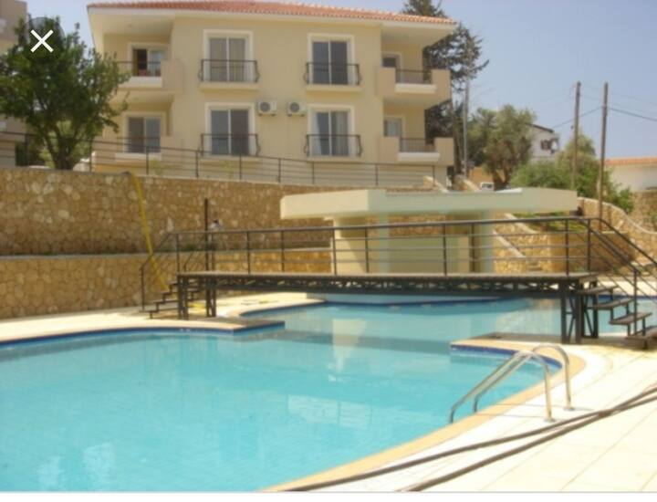 Kyrenia/Edremit- Grnd Floor 3+1 with communal pool
