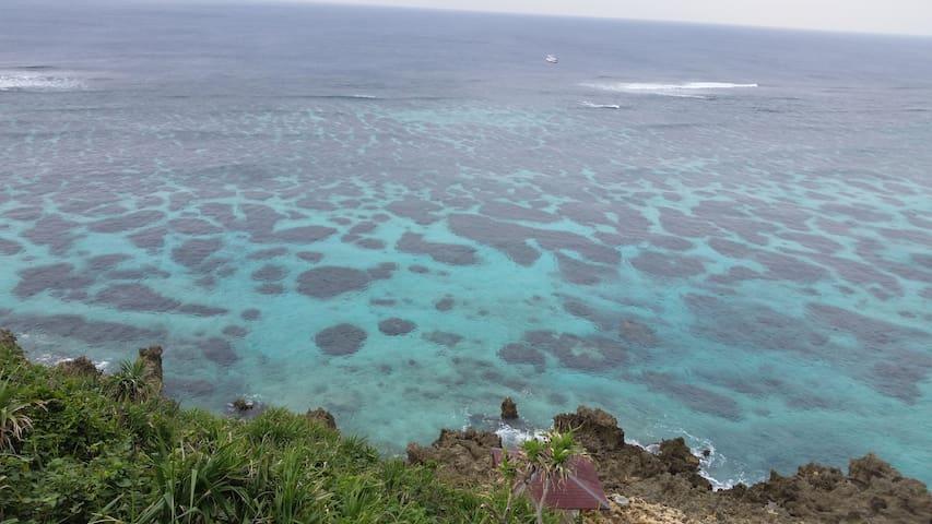 [Sea View シービューNo.6]宮古ブルーの海を個室から眺める セルフゲストハウス - Miyakojima-shi - Huoneisto