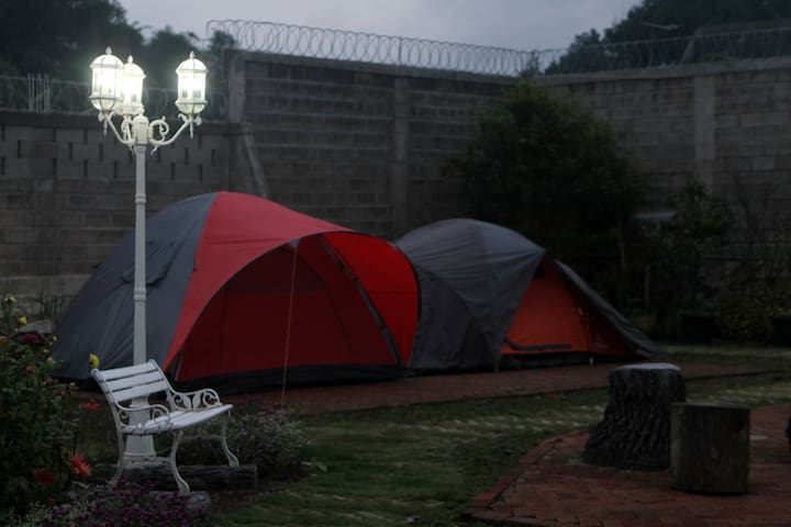 Camping @ Villa Unique
