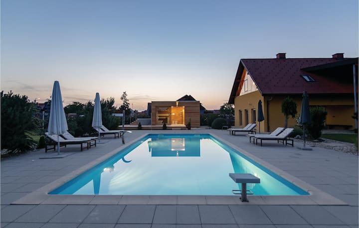 Awesome home in Krizevci pri Ljutomeru with Sauna, WiFi and Outdoor swimming pool