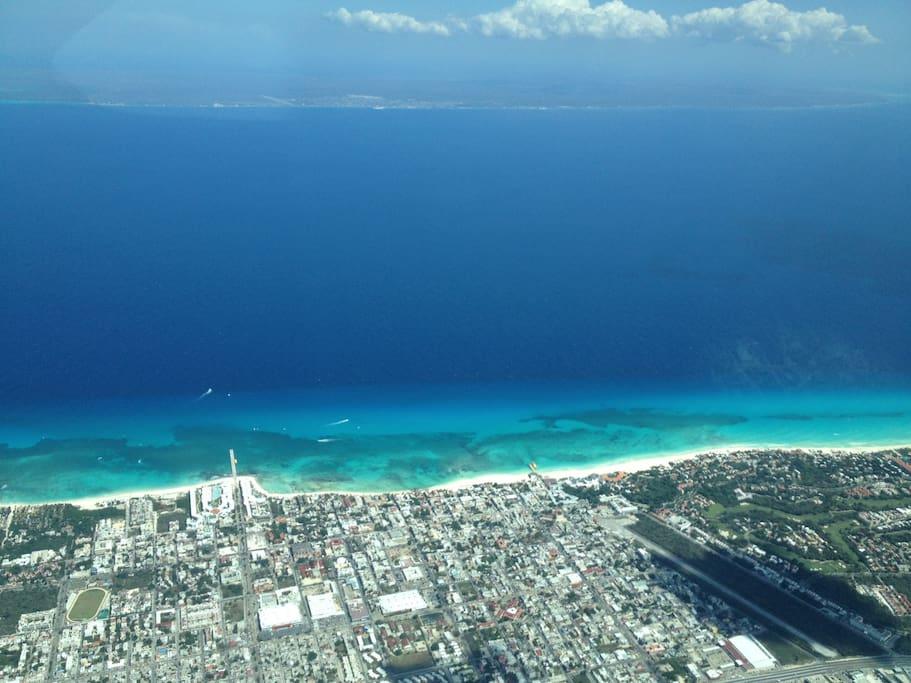 Playa del Carmen & Cozumel island from the sky.