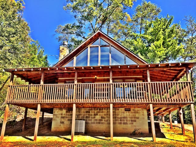 Private Smoky Mountain Log Cabin! - Sevierville