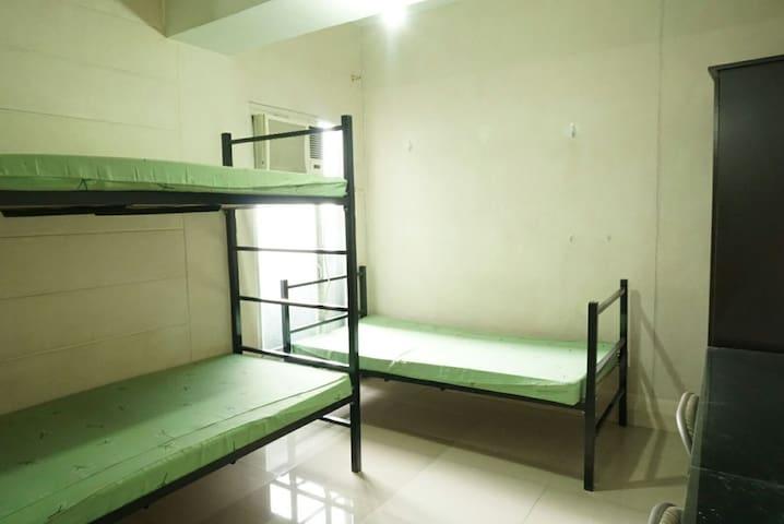 Basic Barkada Room