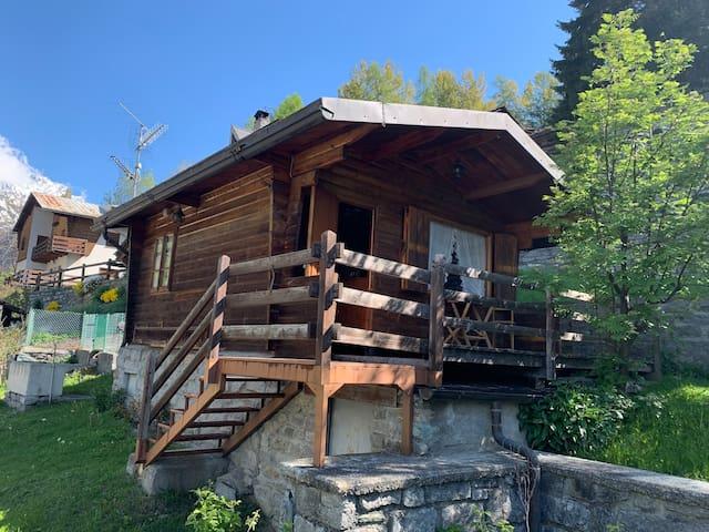 Tipico Chalet di montagna a Valtournenche