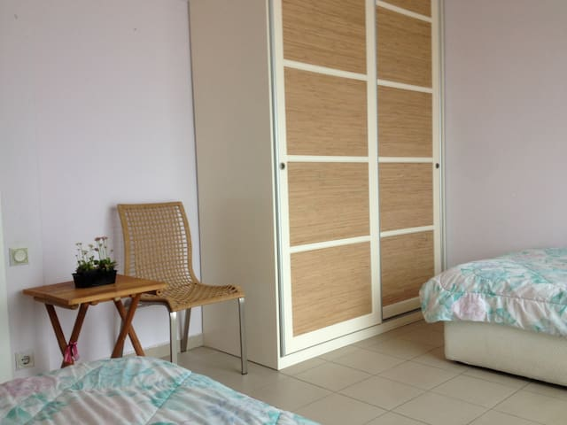 cozy room with magnificent view - Xanthi - Appartement