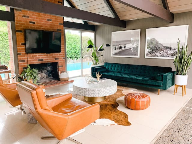 EICHLER ORANGE - Family-Friendly, Pool + Hot Tub