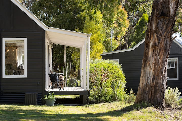 Acacia at Bodhi- Luxury Daylesford Accommodation