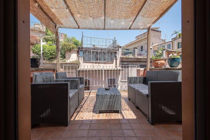 Loft Campo de Fiori with Terrace