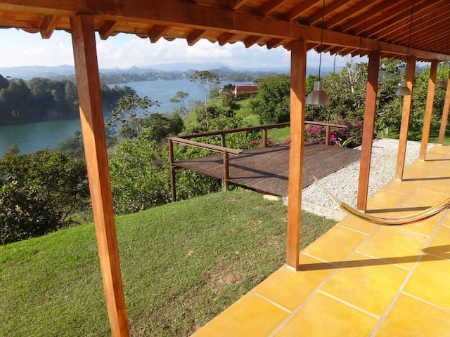 Lovely Villa Guatape Lake 360° View