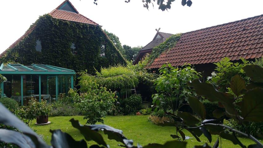 Gäste- und Seminarhaus Mücke - Bad Zwischenahn - House