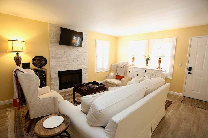 Fabulous Corporate Rental with B and B Comfort!