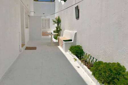 Petite villa avec terrasse