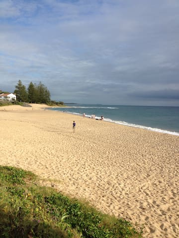Beaches/Cafes, Peaceful & Modern - Caloundra