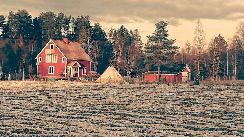 Sommer & Ferien - Gamla Kafén Basecamp Björkebol