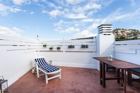 Duplex céntrico con amplia terraza - Blanes - Wohnung