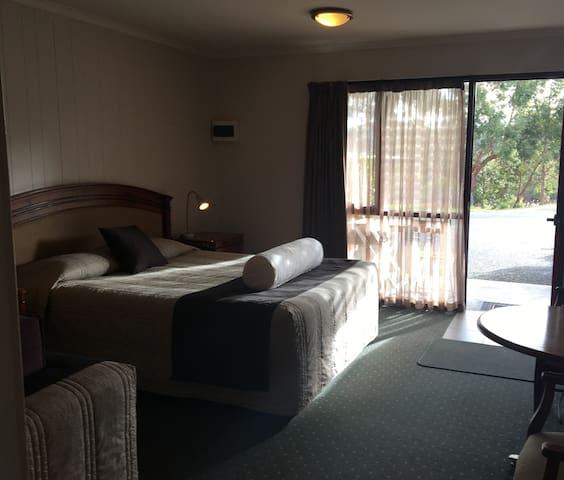 Tasman Ecovillage Motel Room