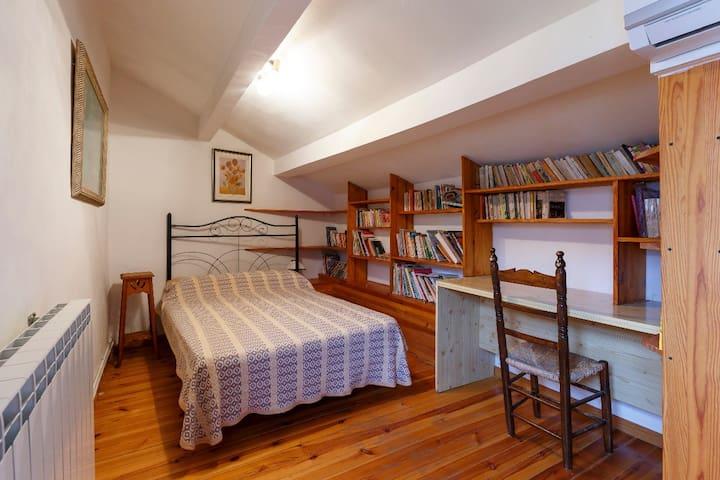 """Unidad A Casa """"El Molino"""" Segunda Planta Dormitorio Bambú"""