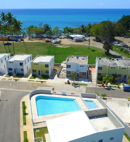 Beach, Pool, Eat & Drink just steps away..