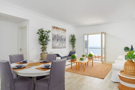 Luxury new apartment in the beautiful Lustica Bay