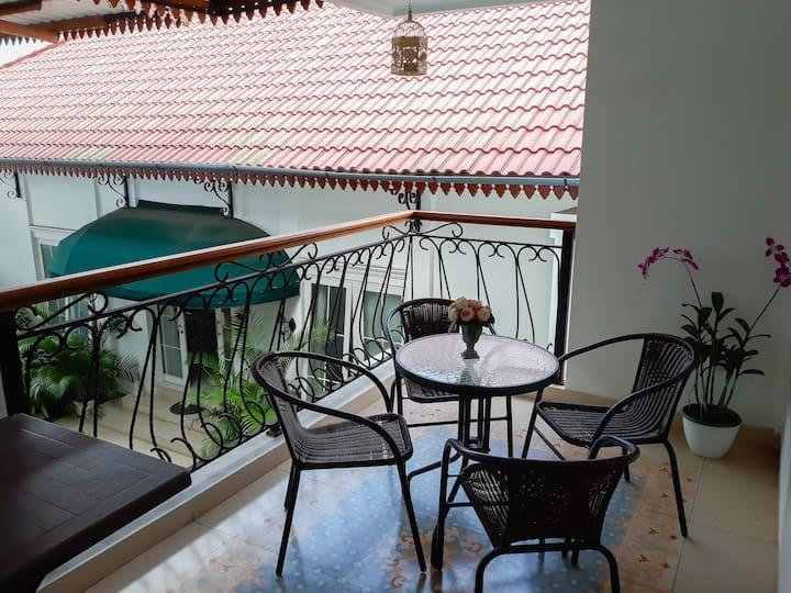 Surokarsan 9's House - Balcony
