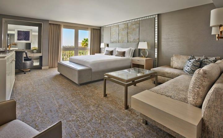 Viceroy L'Ermitage Beverly Hills, Skyline Suite