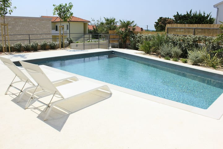Two Bedroom Villa, seaside in Barbat - island Rab, Outdoor pool