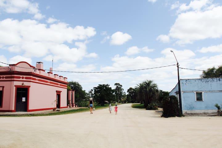 Autour de la maison, les ruelles du village