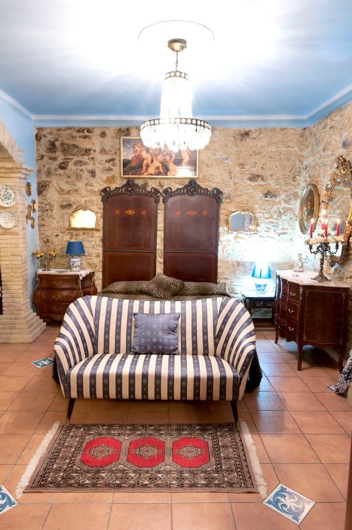 Studio in Piazza Armerina, with wonderful city view and WiFi