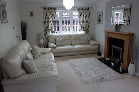 The Rowans Luxury Accommodation Cosy and Relaxing