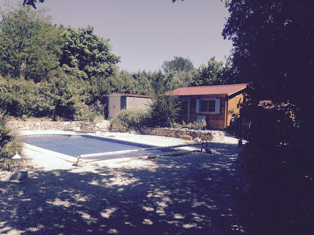 Maison provençale avec piscine et boulodrome - Garéoult