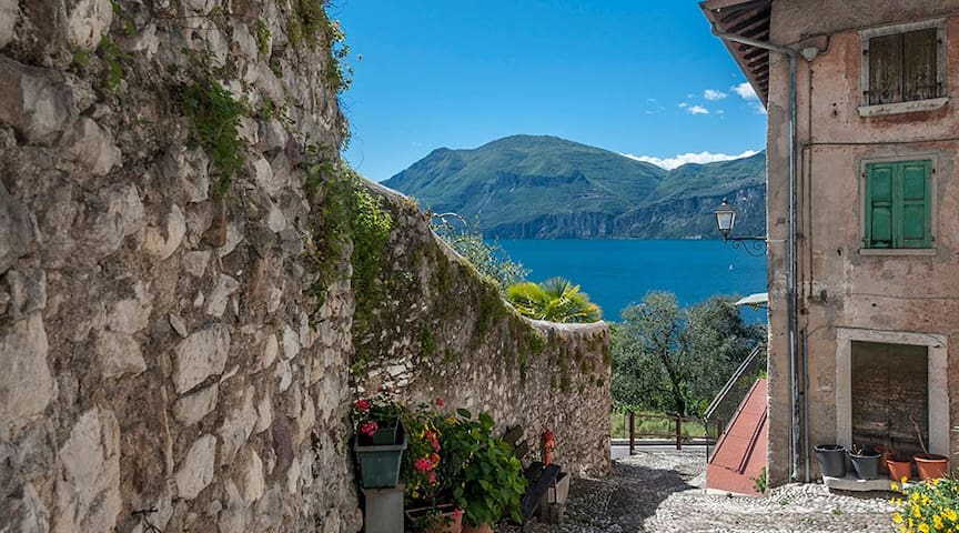 Spacious house close to the lake - Brenzone sul Garda - Leilighet