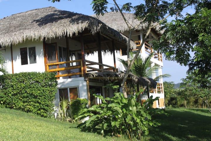Guachapeli Hostal Las Tunas